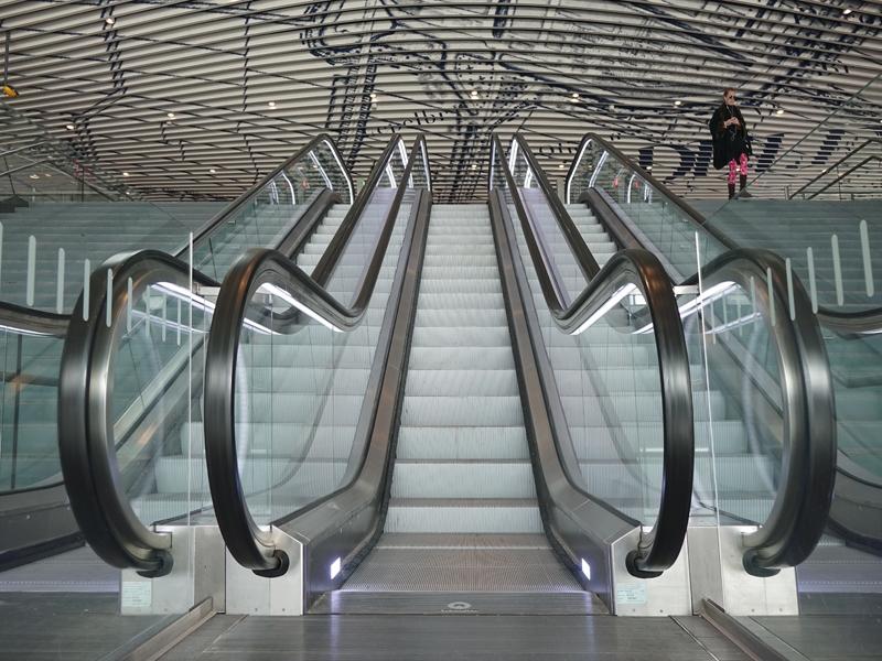 Anneke - station Delft